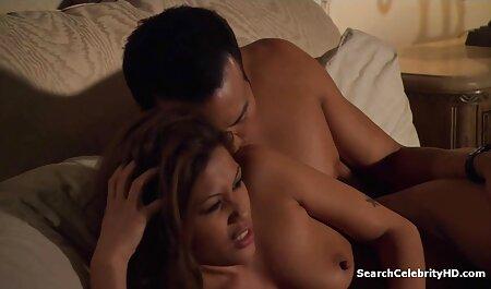 Beste vriendinnen lesbische sm pornofilms seks die gepassioneerd zijn in de slaapkamer