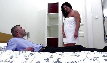 Geile bondage sex films slet die geneukt wordt in pov.