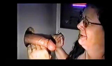 Ze filmden alles met de eerste persoon die Aziaten eet. gratis bdsm sexfilm