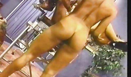 De Spaanse dame die hem de hete pik film bdsm sex gaf van de mannelijke man.