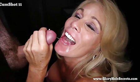 Die brunette sm porno bondage masturbeerde ' s morgens.