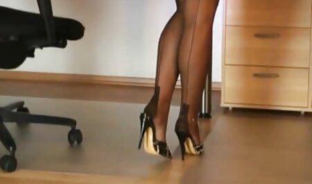Exquise seksscène stukken van gratis bdsm sexfilm verschillende koppels