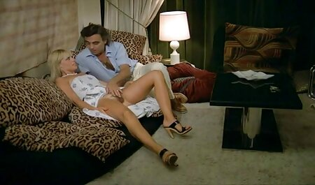 Mooie Samana in toes in slaapkamer domina sex film