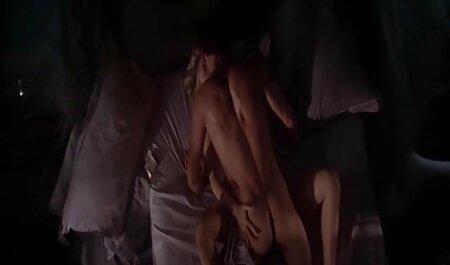 Persoonlijke porno met bondage filmpje een babe masturbatie