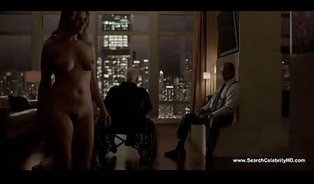 Jongen likt mama ' sex filmpjes sm s vagina en neukt haar.
