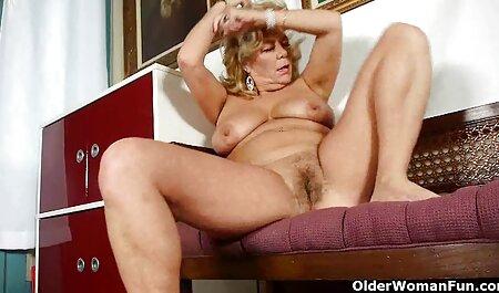Busty ladies introduceren vingers in sexfilmpjes bdsm de vagina.