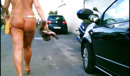 Valentina is 18 jaar voor een sexfilm bondage ontspannen vakantie.