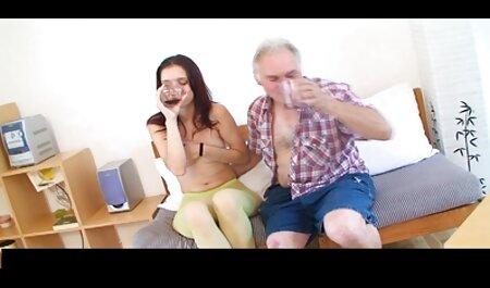Buusty Valerie nam sm bondage films lul in de mond